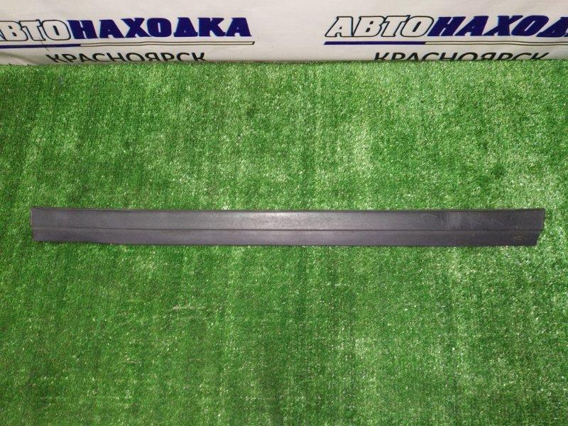 Молдинг на дверь Toyota Mark Ii GX100 1G-FE 1996 задний правый нижний