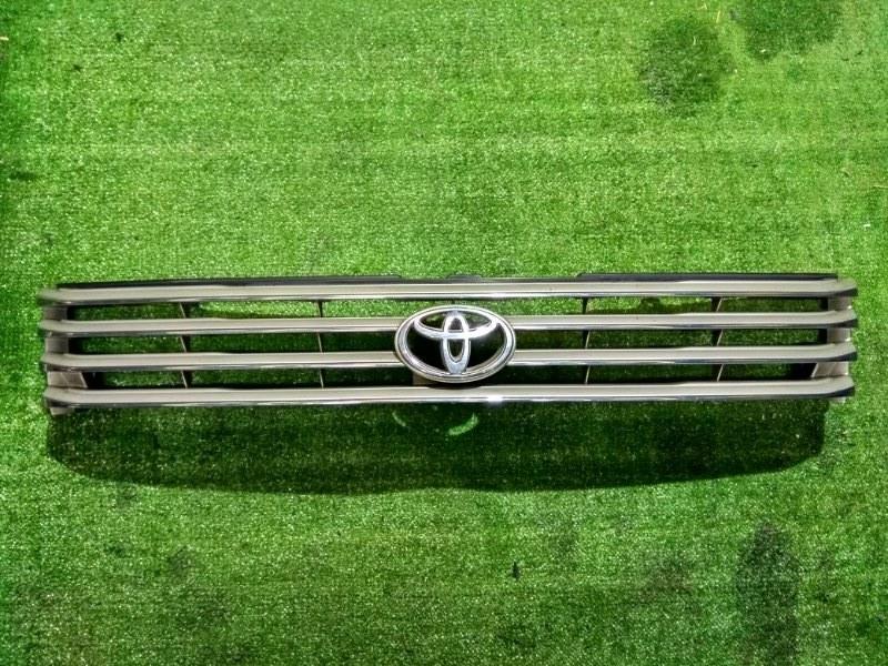 Решетка радиатора Toyota Hiace Regius RCH47 3RZ-FE 53111-26170 / 26220