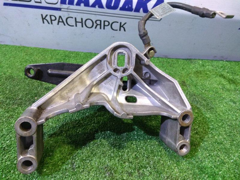 Кронштейн опоры двигателя Mini Cooper MINI R50 W10B16A 2001 передний правый 22111514490, 22116754417 правый