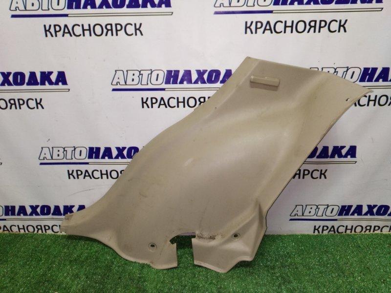 Накладка пластик в салон Toyota Harrier MCU10W 1MZ-FE 2000 задняя правая нижняя 62551-48020 где кресло