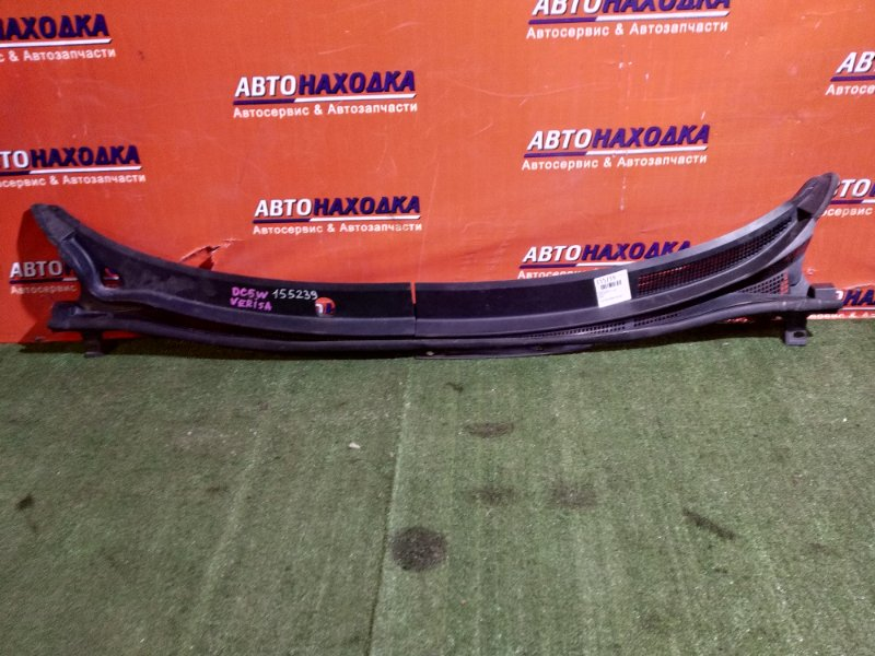 Решетка под лобовое стекло Mazda Verisa DC5W ZY-VE D461507S1 В СБОРЕ