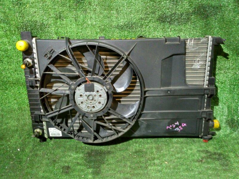 Радиатор двигателя Mercedes-Benz 200 AT