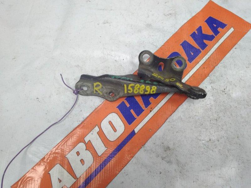 Кронштейн капота Toyota Lite Ace Noah SR40G 3S-FE 1996 правый 53410-28010 только правый