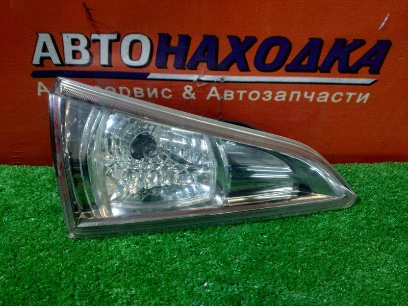 Вставка между стопов Toyota Caldina AZT241 1AZ-FSE левая 2169