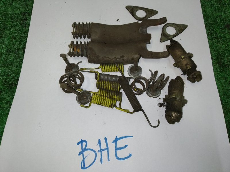 Механизм стояночного тормоза Subaru Legacy BHE EZ30 2001 задний комплект на 2 колеса