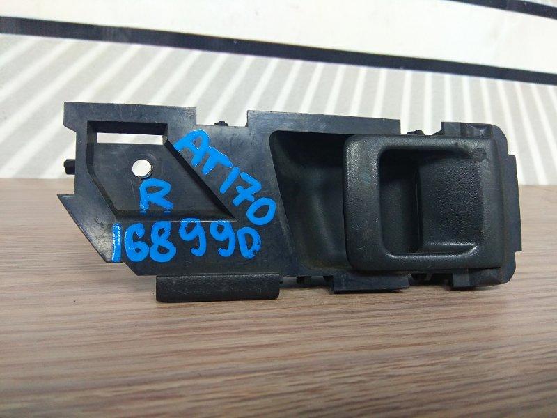 Ручка внутренняя Toyota Corona AT170 5A-FE правая