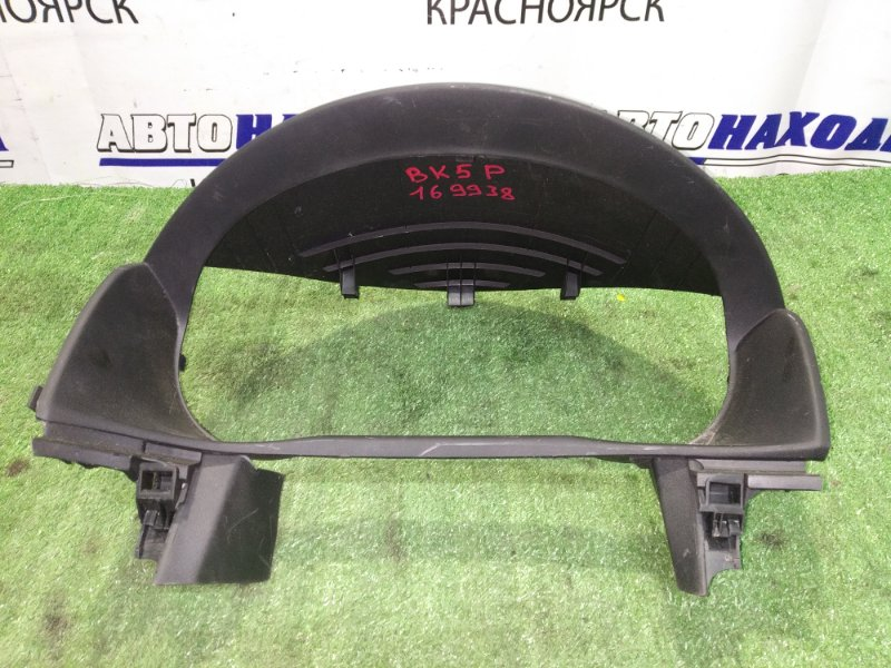 Козырек панели приборов Mazda Axela BK5P ZY-VE b32h 55 421 rhd