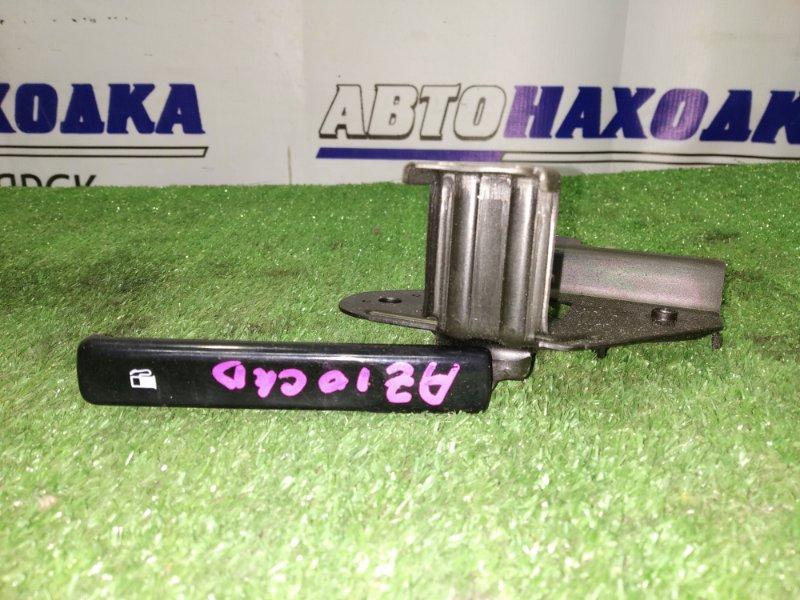 Ручка открывания бензобака Nissan Cube AZ10 CG10DE
