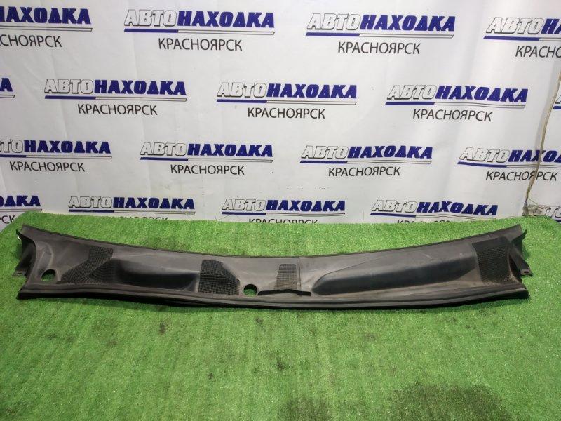 Решетка под лобовое стекло Toyota Mark Ii Qualis MCV21W 2 части