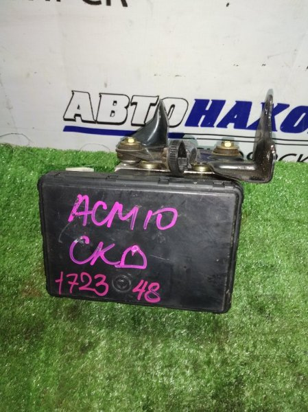 Блок abs Toyota Gaia ACM10 1NZ-FE
