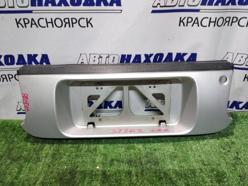 Вставка между стопов Toyota Celica ST202 задняя