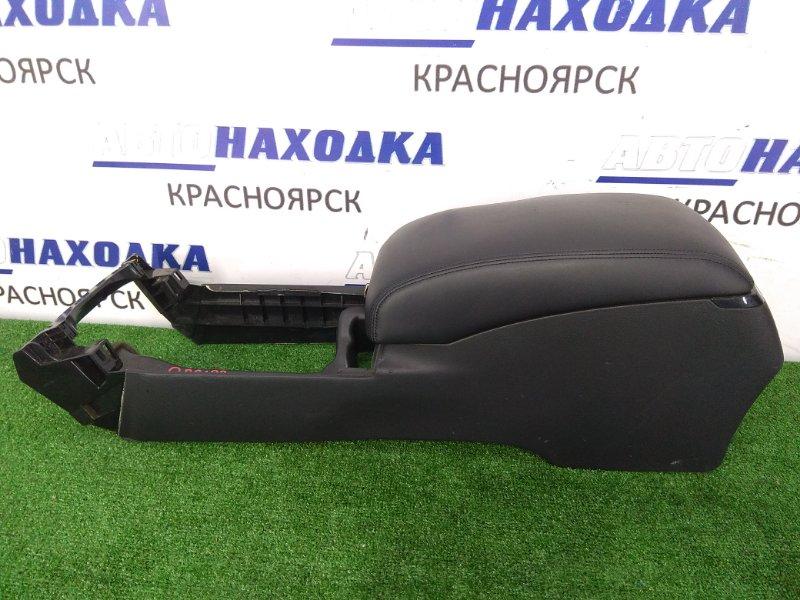 Подлокотник Toyota Crown GRS182 3GR-FSE 2003 58810-30A00-C0 консоль между передних сидений с двойным