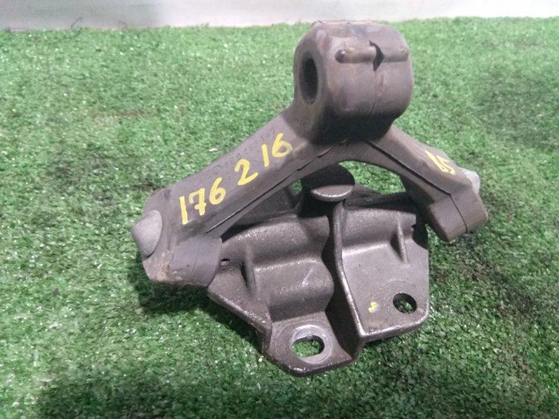 Подушка глушителя Volkswagen Passat B5 AZX 1996 задняя 8E0253147 c кронштейном