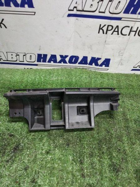 Кронштейн бампера Volvo C30 MK38 задний правый 30657219