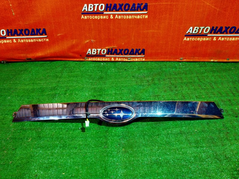 Накладка 5-й двери Subaru Impreza GH7 EJ20 С КНОПКОЙ