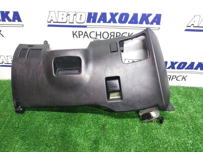 Пластик салона Toyota Celica ST202 консоль под руль с ручкой открывания багажника