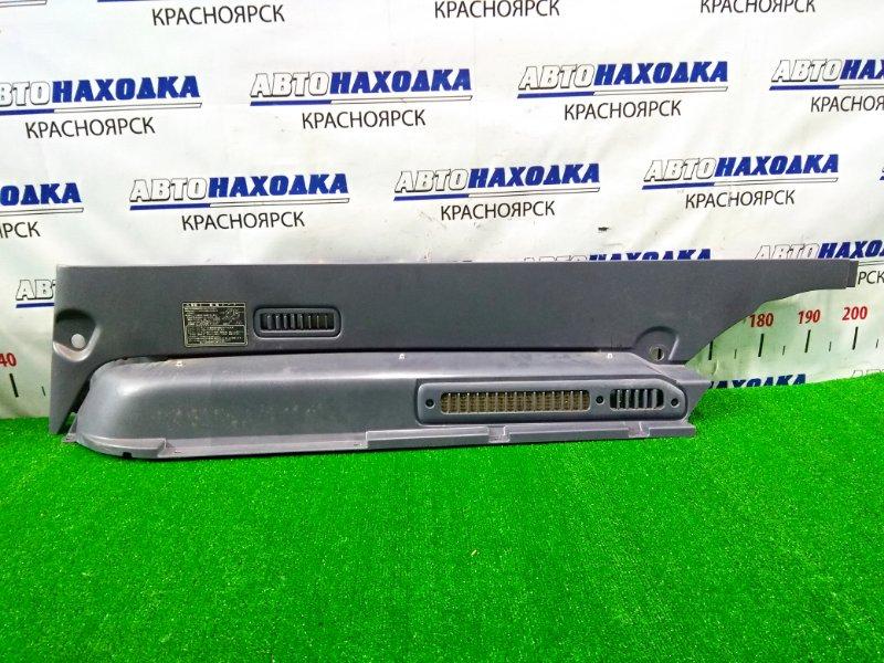 Накладка пластиковая в салон Toyota Lite Ace Noah SR40G 3S-FE 1996 задняя правая 62510-28190-B0 на правую