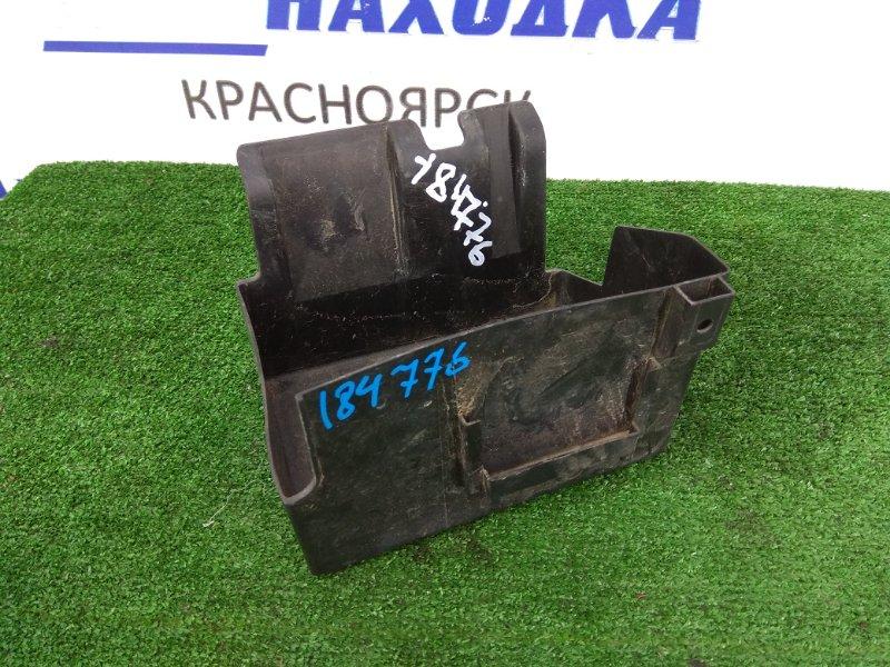 Крепление аккумулятора Honda Fit GD1 L13A подставка под АКБ