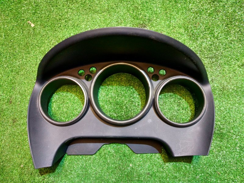 Козырек панели приборов Nissan Wingroad WFY11 QG15DE 10.2001 68240-WE000