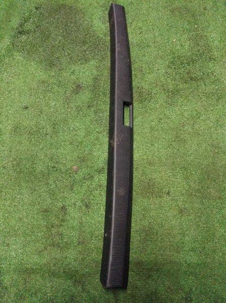 Накладка замка багажника Toyota Corona Premio AT21# 4A-FE 01.1996 58387-20090
