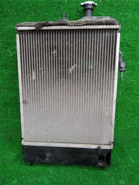 Радиатор двигателя Mitsubishi Ek Wagon H81W 3G83 2001 в сборе с диффузором и вентилятором, без