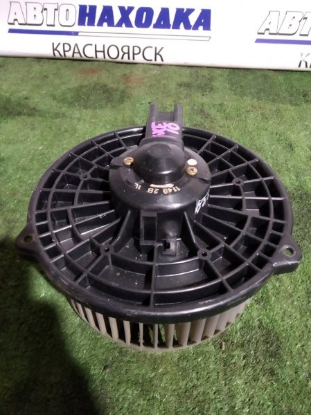 Мотор печки Toyota Altezza SXE10