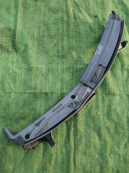 Решетка под лобовое стекло Honda Fit GD1 L13A 2MOD, ЛЕВЫЙ УС ОТЛОМАН