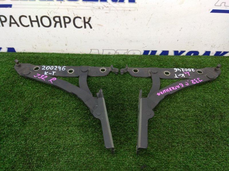 Кронштейн багажника Nissan Teana J32 VQ25DE 2008 задний 84400JN00A, 84401JN00A пара