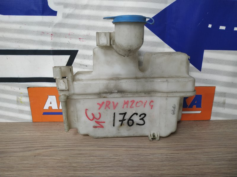 Бачок омывателя Daihatsu Yrv M200G EJ-VE 2м