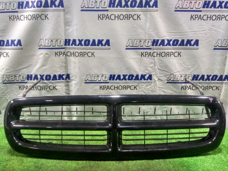 Решетка радиатора Dodge Durango 1997 передняя с дефектом (слева-вверху нет мелких перемычек