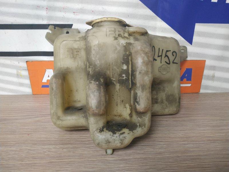 Бачок омывателя Nissan Mistral R20 TD27BT 2 мотор