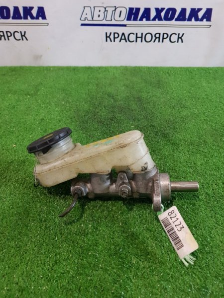 Главный тормозной цилиндр Daihatsu Esse L235S KF-VE без вакуума