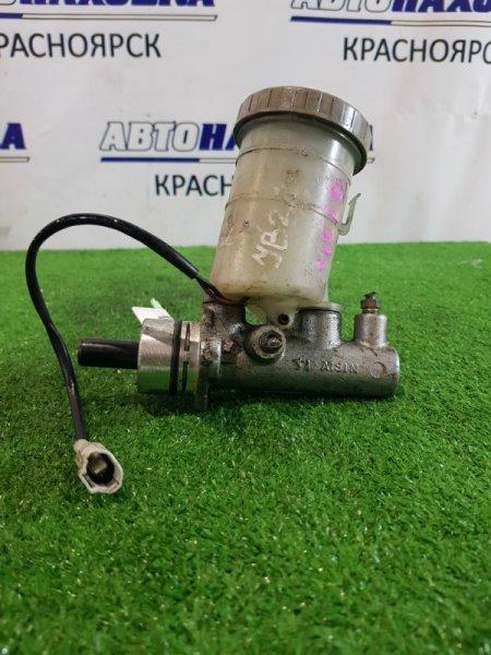 Главный тормозной цилиндр Suzuki Jimny JB23W K6A без вакуума