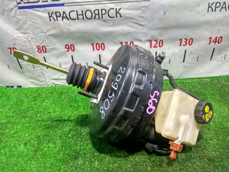 Главный тормозной цилиндр Volvo S60 P24 B5244S2 2004 8846008, 30714321 с вакуумником и бачком (правый