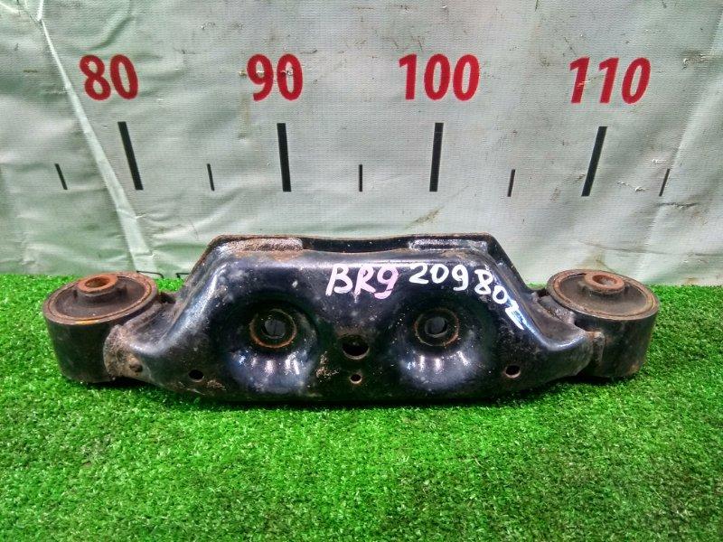 Подушка редуктора Subaru Legacy BR9 EJ25 2009 41310AJ010, 41310AJ011 с двумя сайлентблоками
