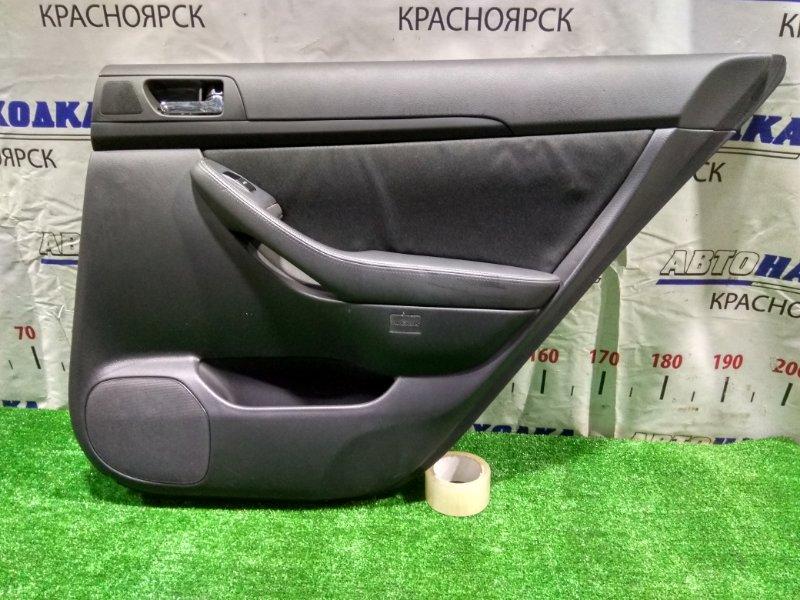 Обшивка двери Toyota Avensis AZT250W 1AZ-FSE 2003 задняя правая RR
