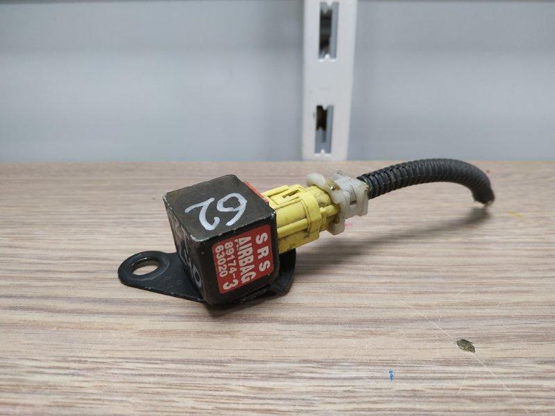 Датчик srs Toyota Premio AZT240 1AZ-FSE 89174-63020 SRS/с лонжерона FL/К62