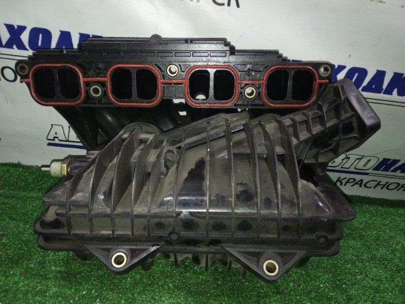 Коллектор впускной Toyota Avensis AZT250W 1AZ-FSE впуск пластик