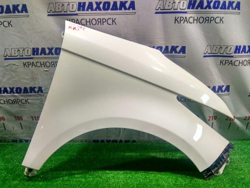 Крыло Honda Elysion RR1 K24A 2004 переднее правое FR почти в ХТС. С клипсой