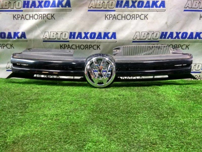 Решетка радиатора Volkswagen Golf 5K1 2009 передняя 5K0853653 GOLF 6
