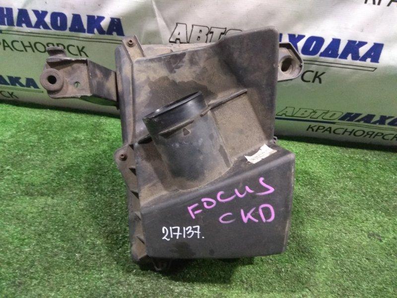 Корпус воздушного фильтра Ford Focus CB4 AODA 2004 1313771 под квадратный фильтр (1,8 - 2,0)