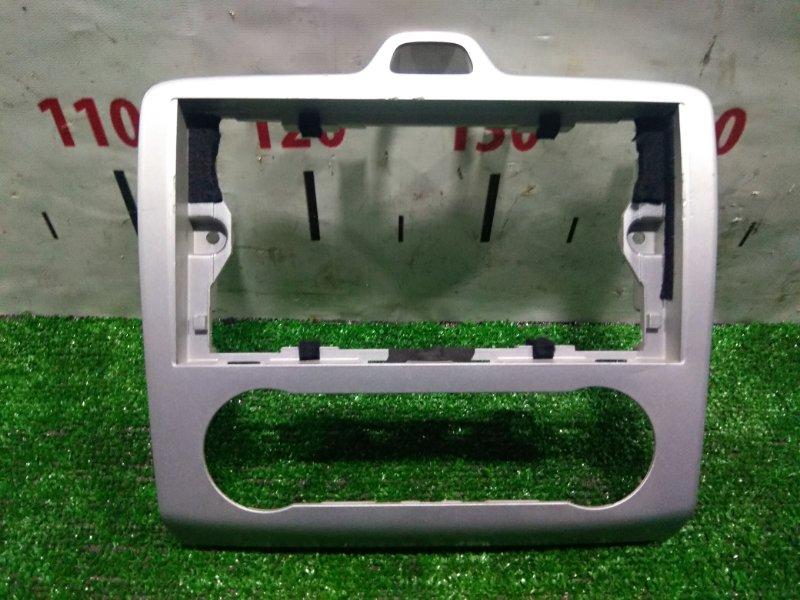 Консоль магнитофона Ford Focus CB4 AODA 2004 под магнитолу и климат