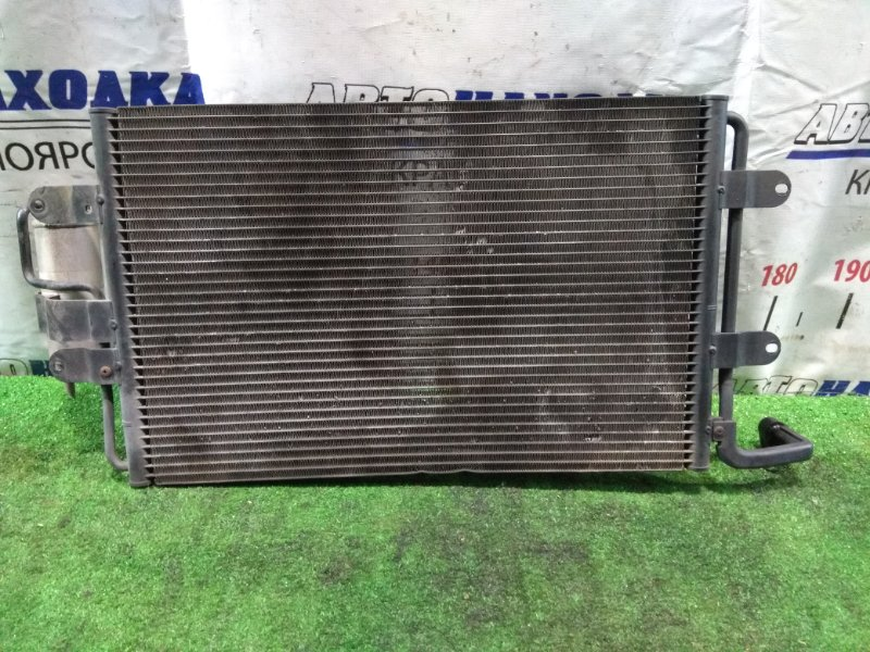 Радиатор кондиционера Volkswagen Golf 1J1 AHW 1997 1J0820411D с осушителем