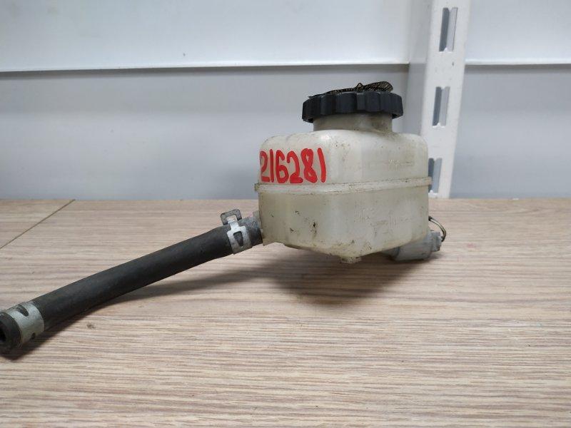 Бачок для тормозной жидкости Toyota Isis ANM10G 1AZ-FSE 2004 47220-48130