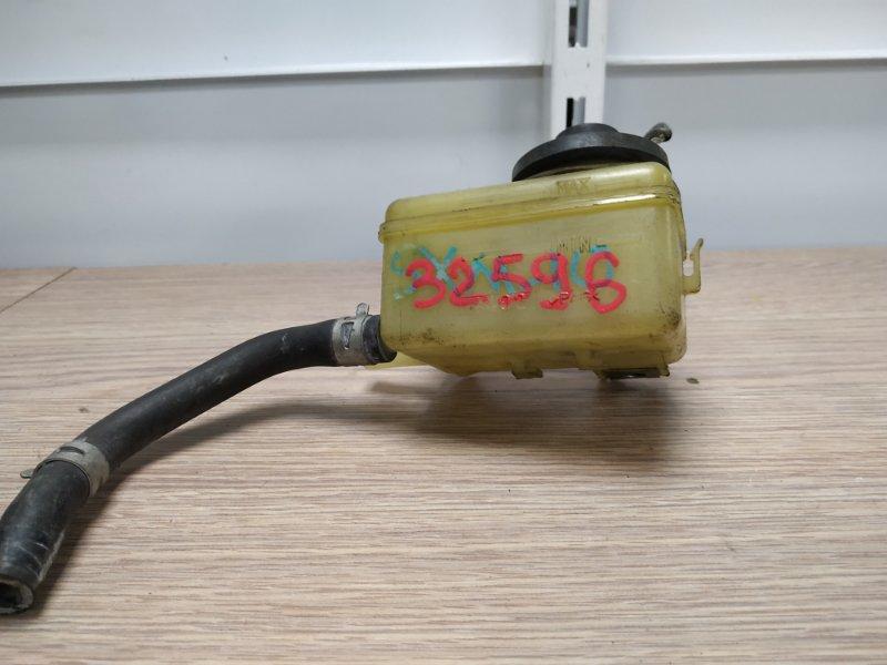 Бачок для тормозной жидкости Toyota Ipsum SXM10 3S-FE 1996 47220-44020