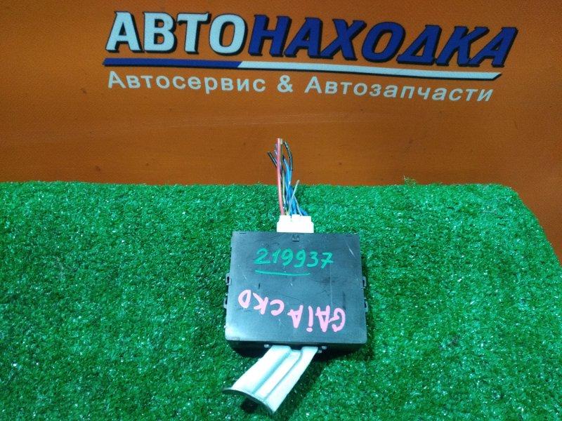 Блок управления дверьми Toyota Gaia SXM10 3S-FE 09.2000 89740-44011 ДВЕРЬМИ