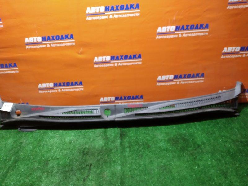 Решетка под лобовое стекло Suzuki Escudo TDA4W J24B 2008 2 части