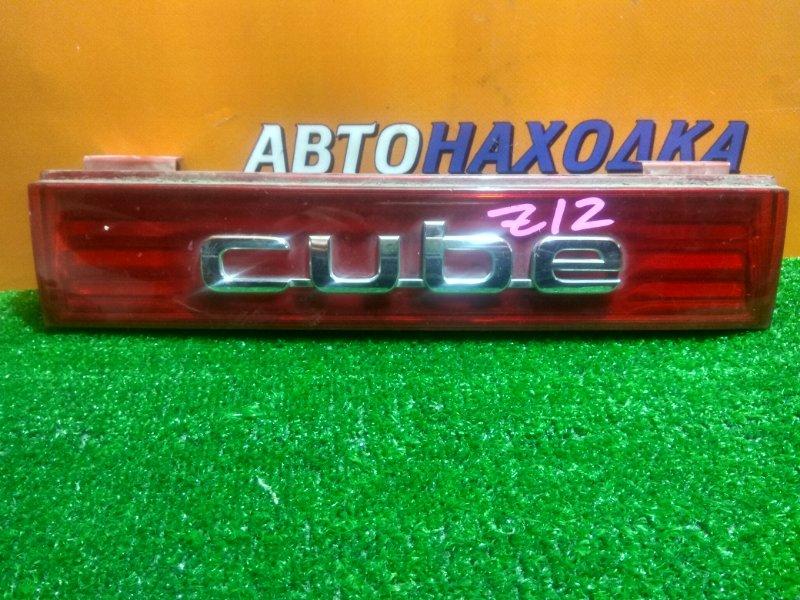 Вставка между стопов Nissan Cube Z12 8244