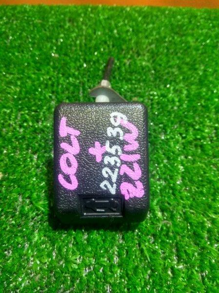 Ручка открывания капота Mitsubishi Colt Z21W 4G19