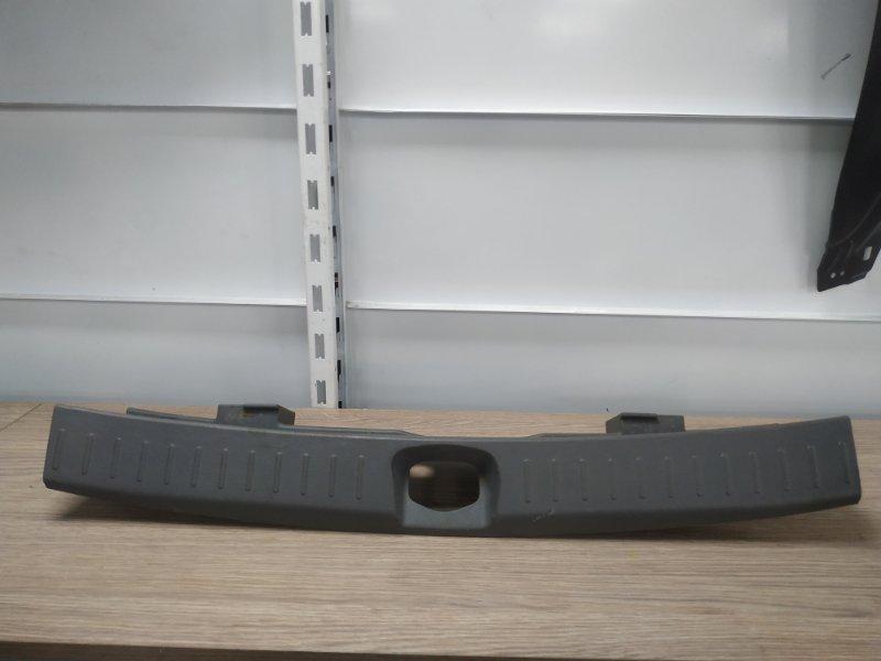 Накладка багажника Daihatsu Yrv M200G EJ-VE задняя 64716-97401, 64716-97402, 64716-97401-030 накладка замка